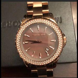 EUC Michael Kors Chocolate Rose Gold Watch NAB